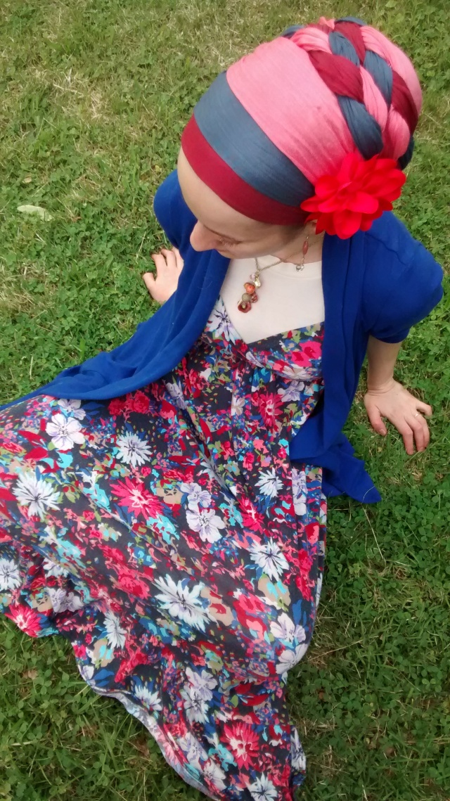 The D.B. in Baltimore!  Looks gorgeous with a flower clip and colourful dress!